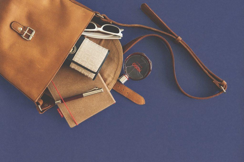 Jak vylepšit vzhled staré kabelky